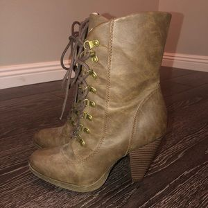 Elle Brown Lace Up Fleece Lined Boots